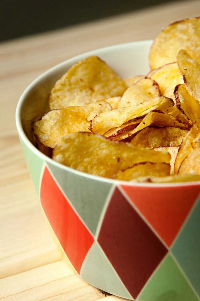 Potato Chips in Bowl Champagne Pairing with Potato Chips