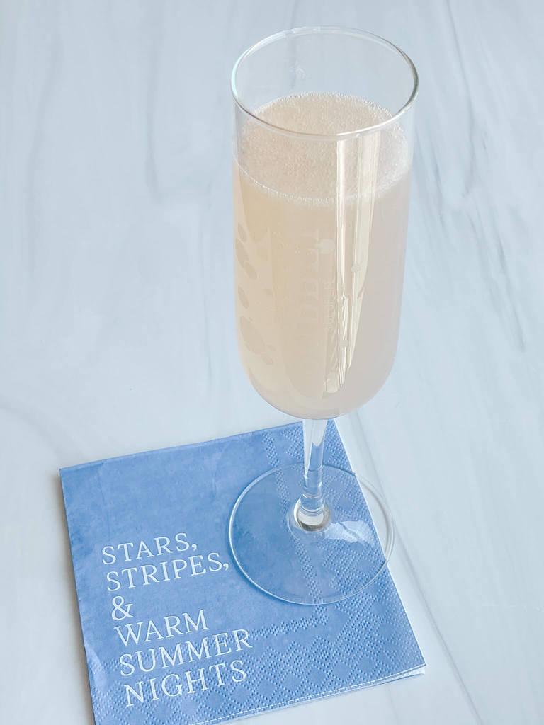 Sparkling Lemonade recipe-The White Sparkler