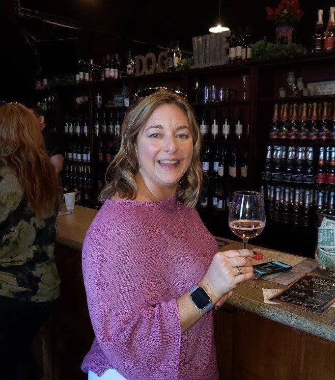 Inside the Oak Mountain Winery tasting room