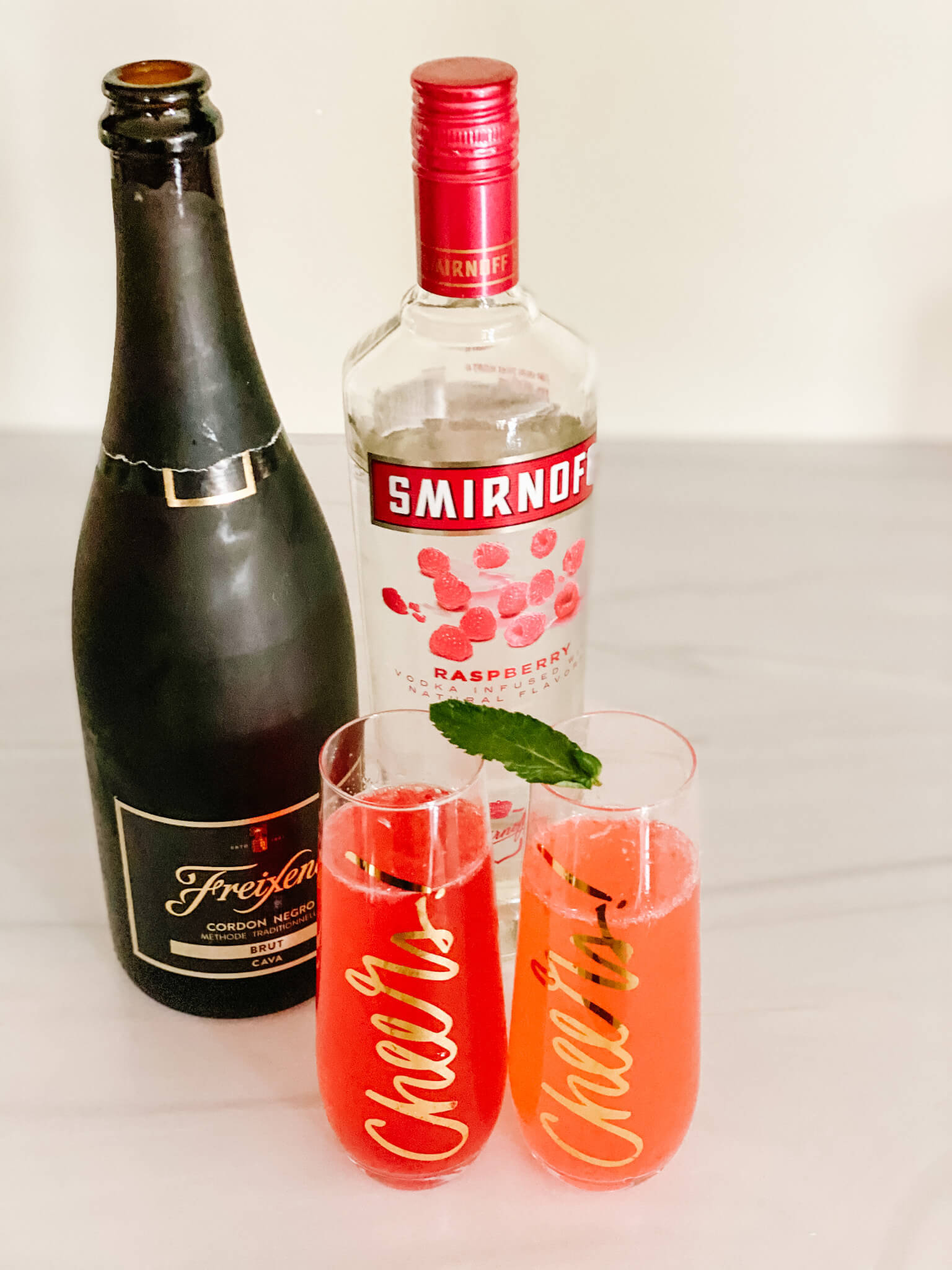 How To Create The Perfect Mimosa Bar Everyone Will Love