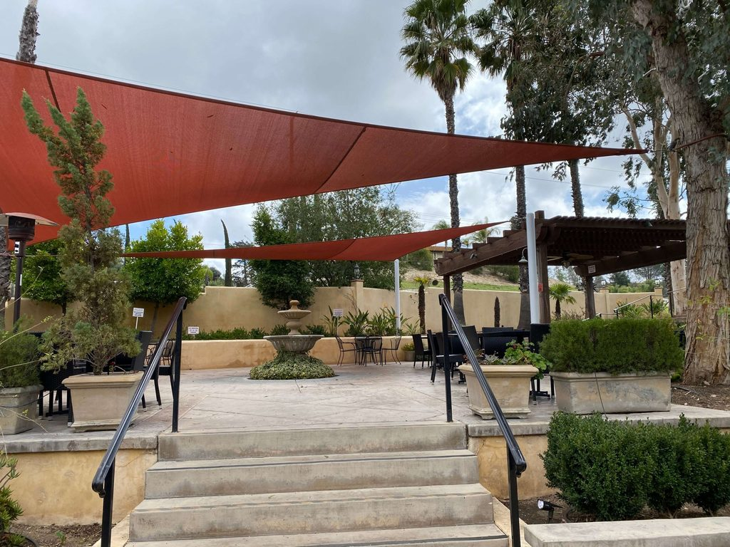 Danza del Sol Winery Outdoor Tasting area