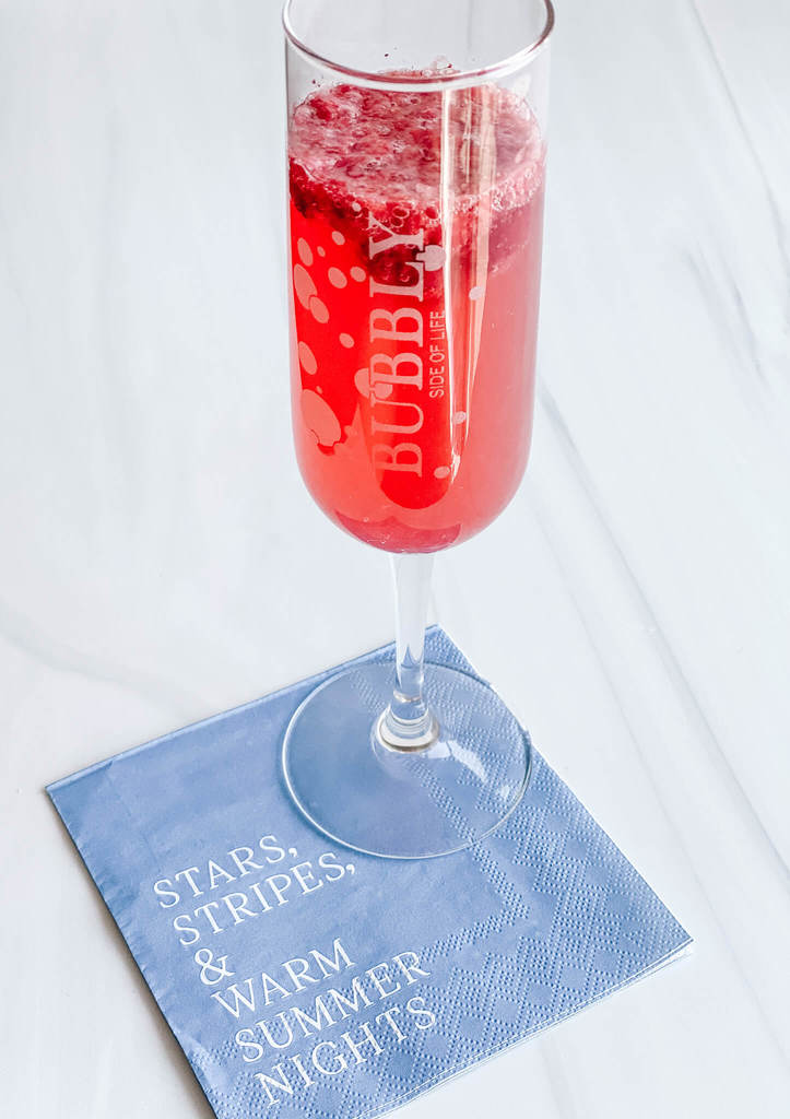 4th of July bubbly cocktail, Crackling Red