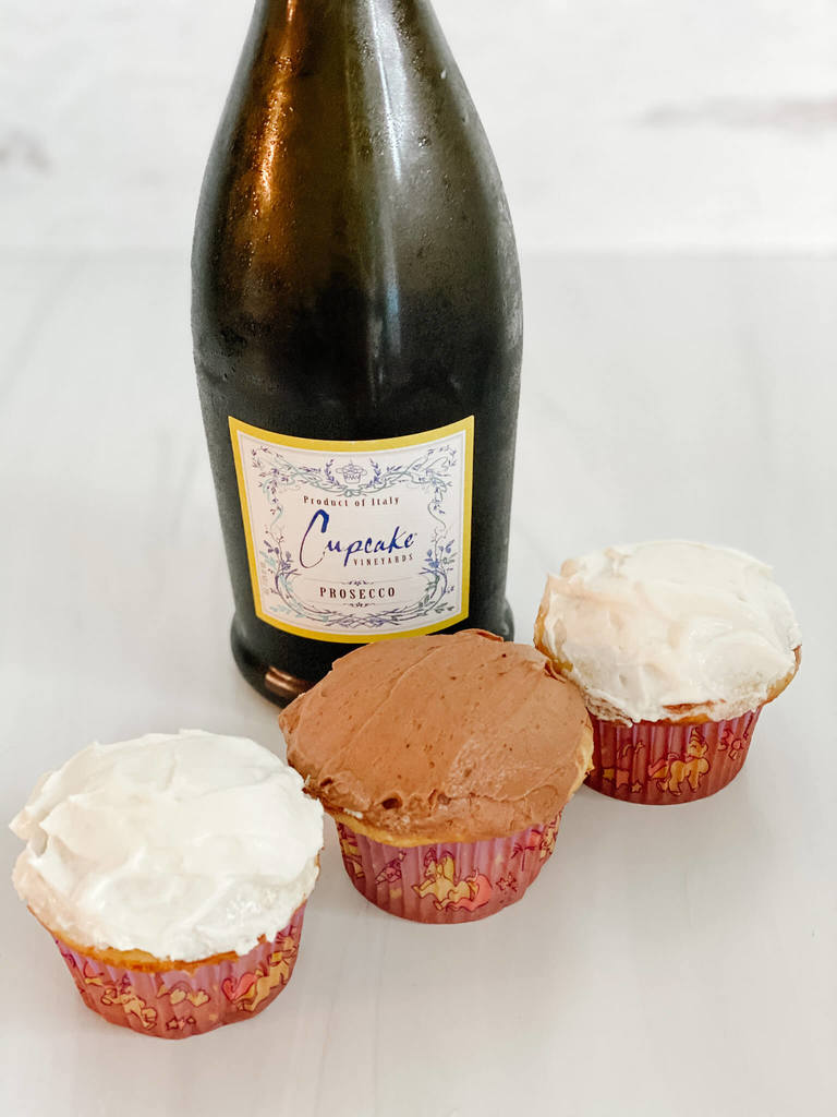 Bubbly cupcakes to celebrate National Cupcake Day