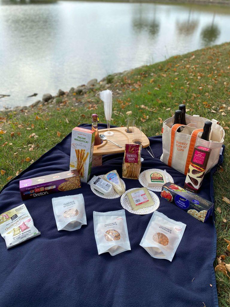 Bubbly picnic sweet treats
