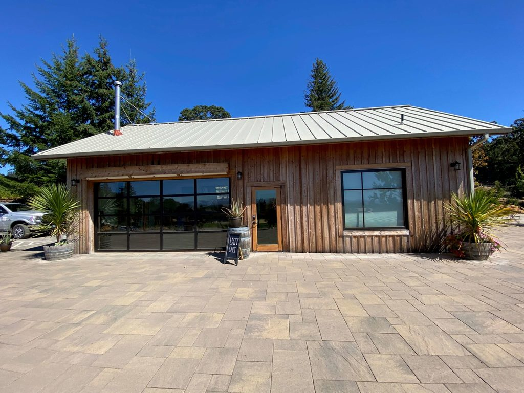 Eola Hills Winery Tasting ROom