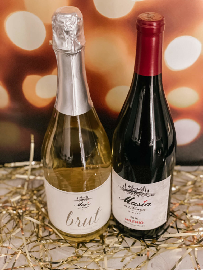 The perfect bubbly red wine combo!