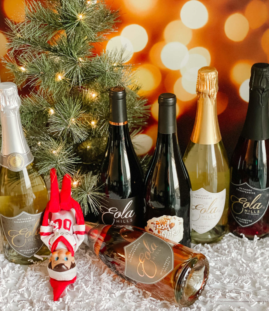 Very Bubbly Holiday Bundle with Eola Hills Pinot Noir and Sparkling wines.