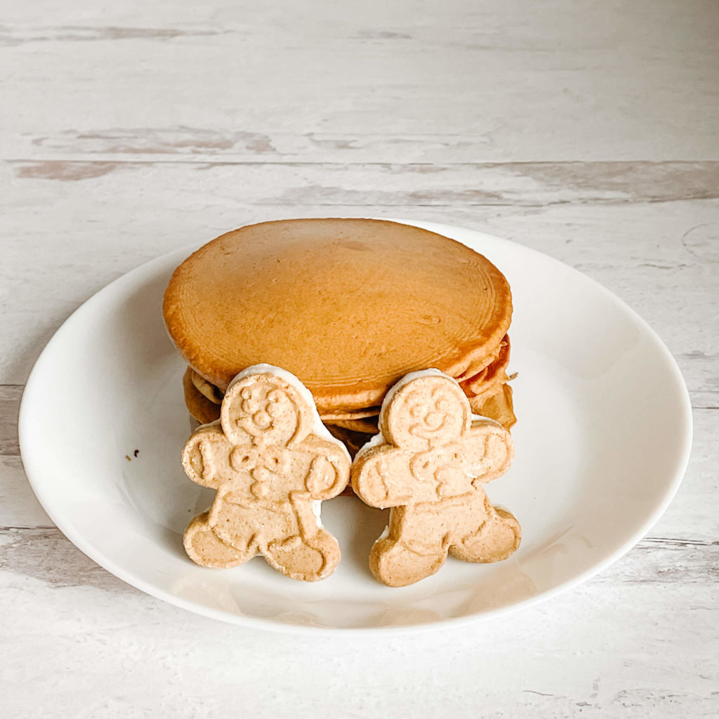 All things gingerbread and bubbly!  Bubbly gingerbread pancakes.