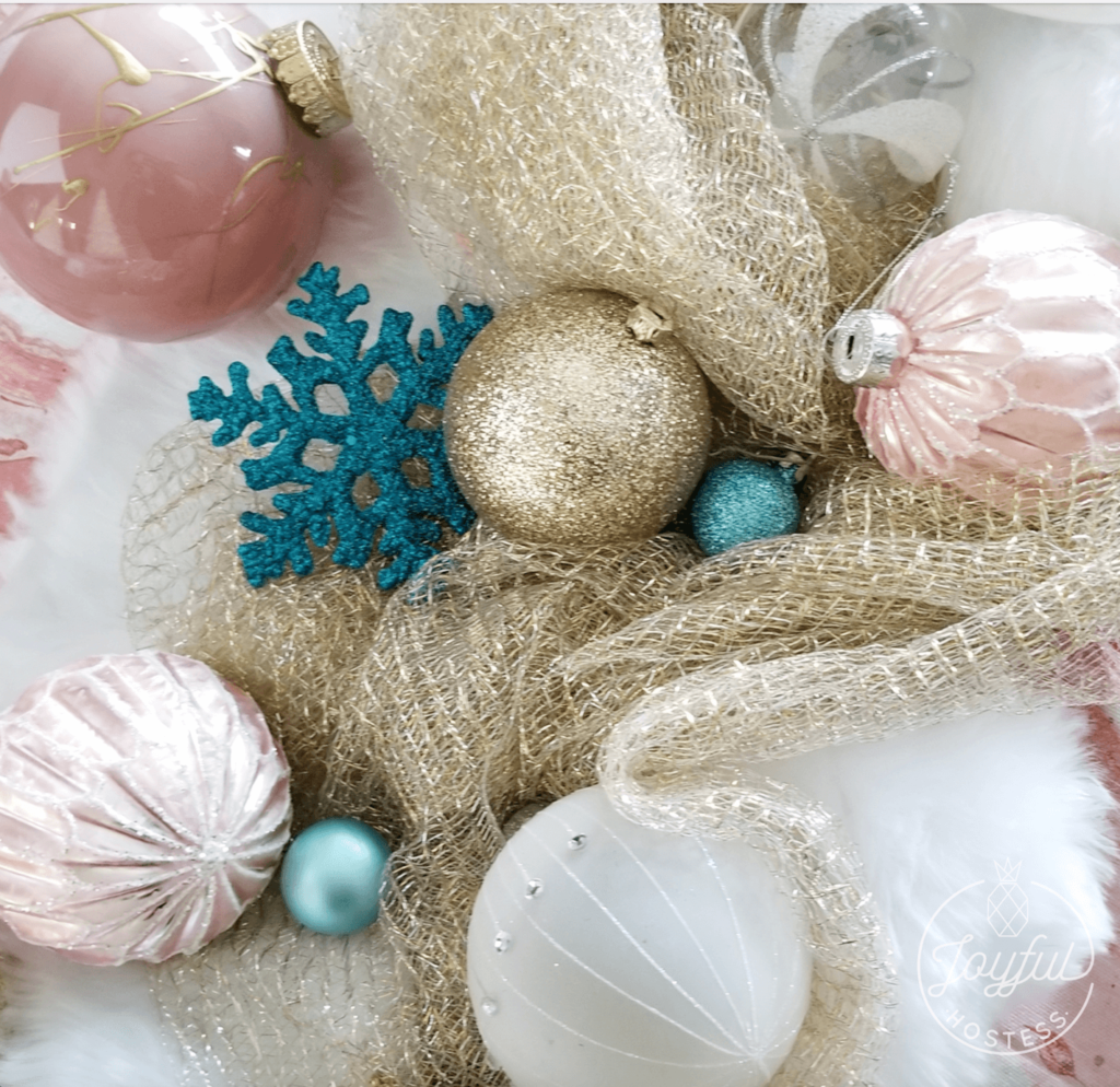Pretty in Rosé, a new spin on Christmas table decor