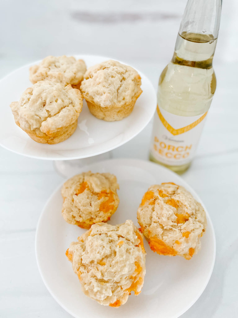 Homemade bread bubbly style and with cheese and garlic bubbly style.