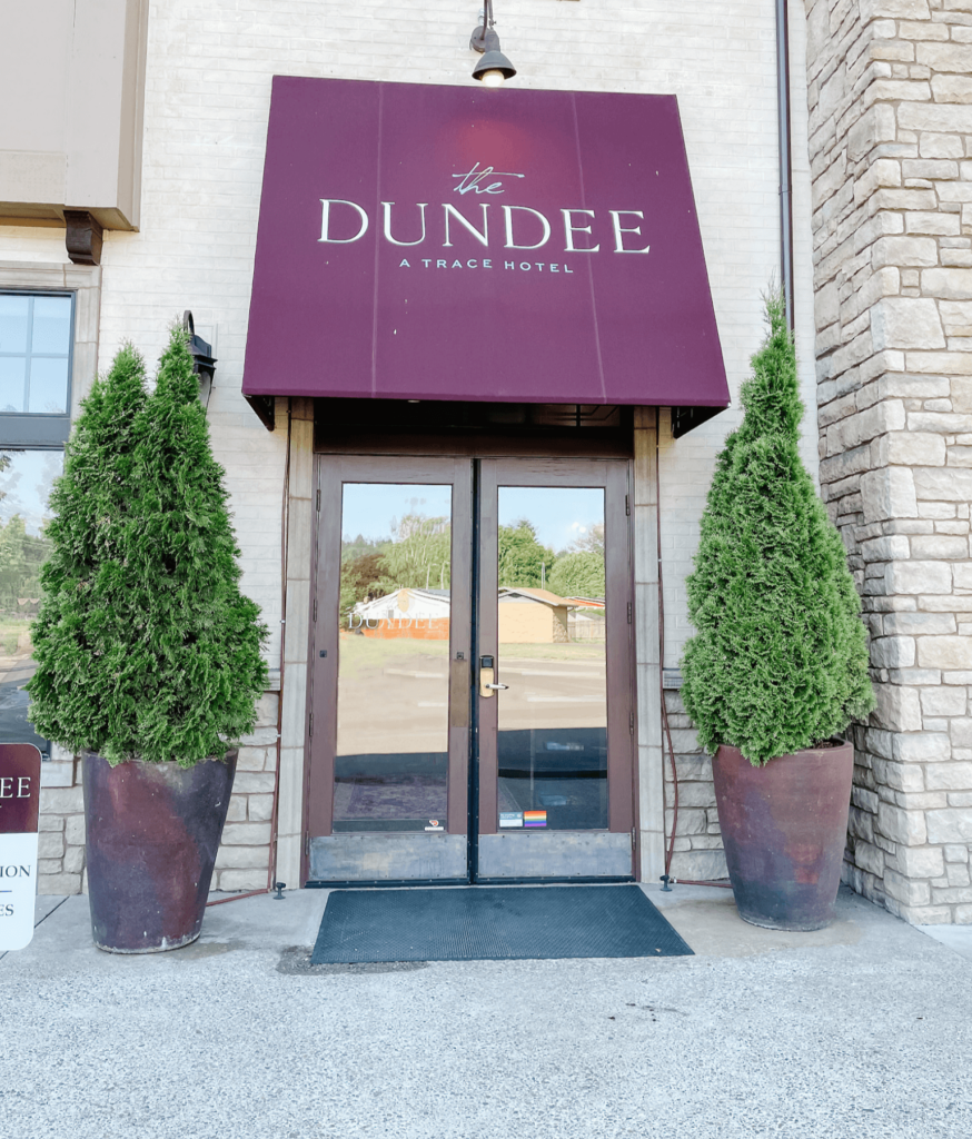 The Dundee hotel, the perfect location for a wine tasting getaway.