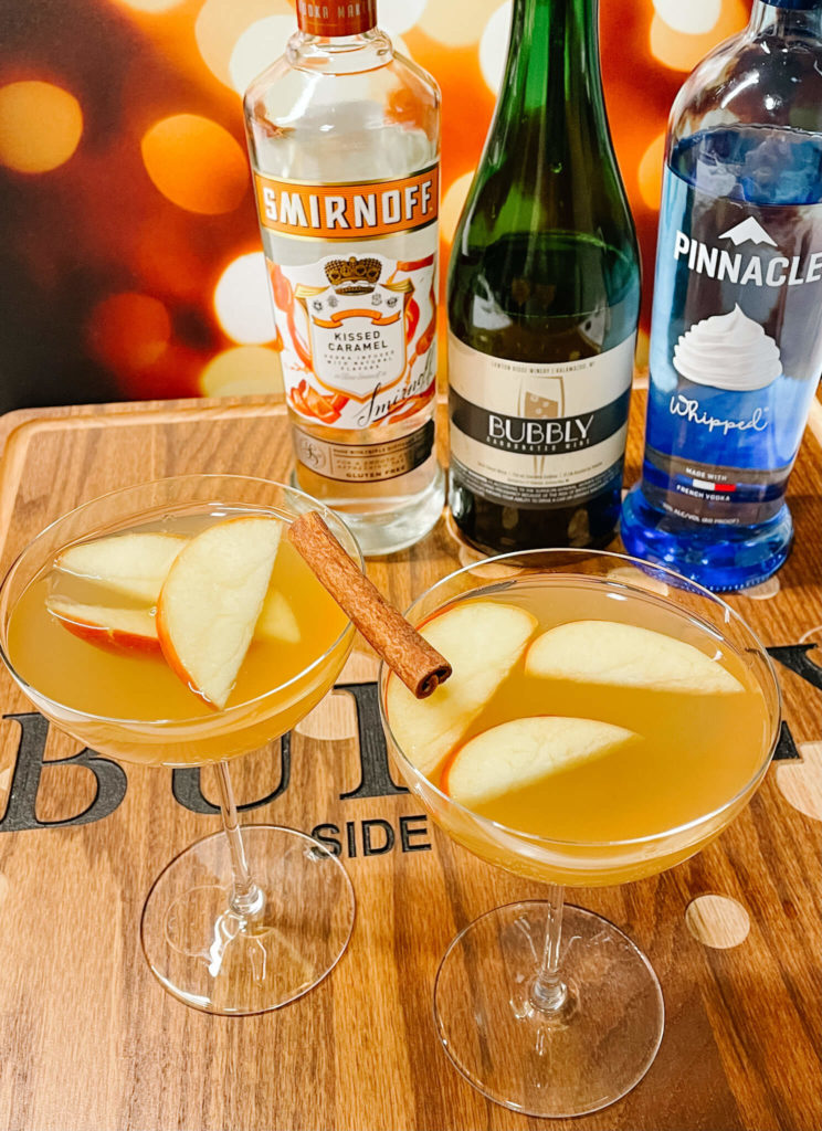 Fall treats, bubbly style!  These bubbly apple themed fall drinks will be a hit at every gathering.